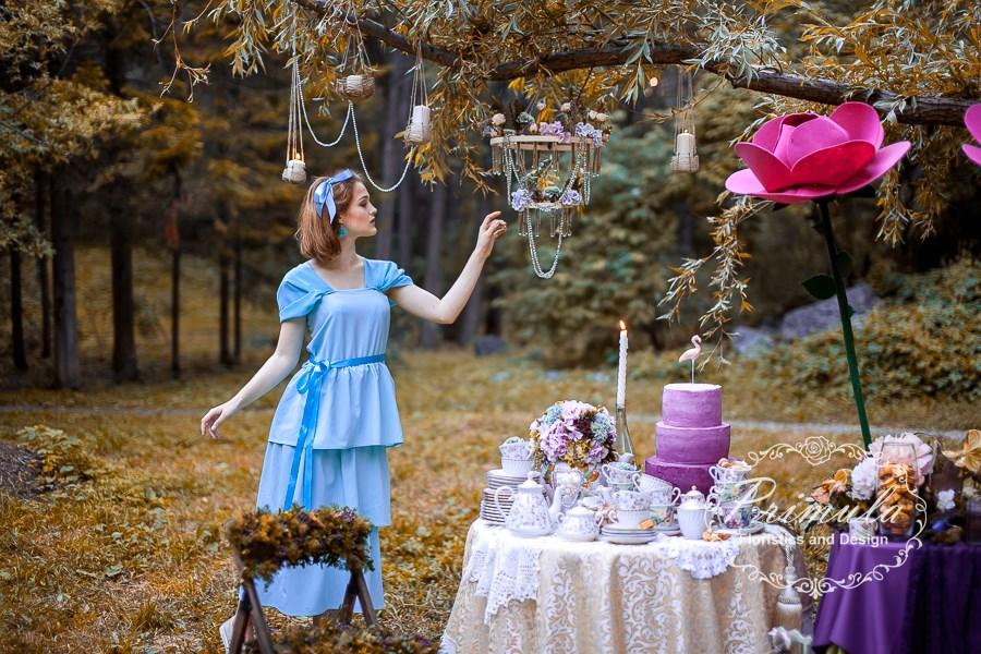 """Воркшоп """"Алиса в стране чудес"""" от Марики Шмидт."""